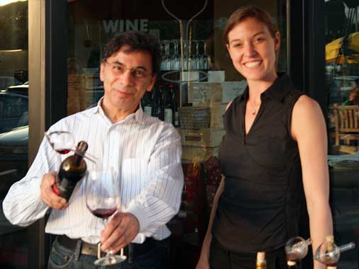WineCountry.IT's Angelica Giampaoli pours at Pasta Moto's Italian wine tasting